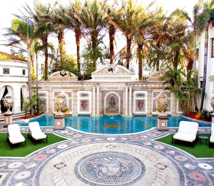 Legendarische miljoenenvilla Gianni Versace wordt geveild
