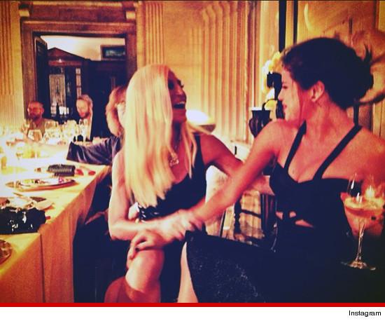Donatella en Selena: BFF's voor de avond