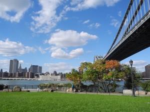 Dumbo in Brooklyn, met zicht op Manhattan