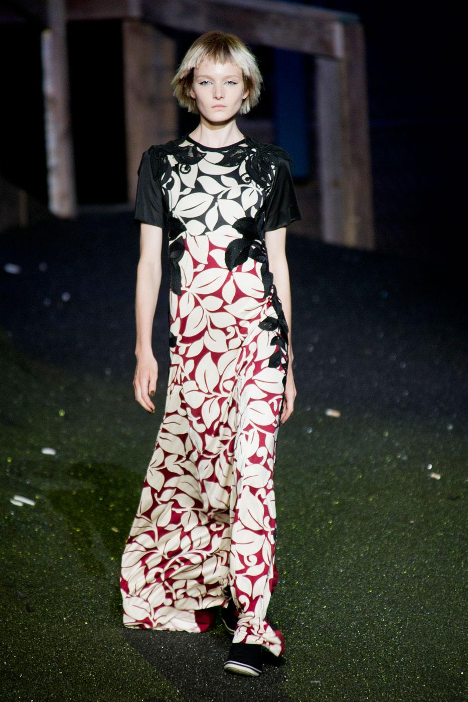 Bloemenjurk met Victoriaanse touch bij Marc Jacobs