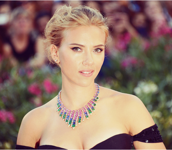 Scarlett Johansson is verloofd