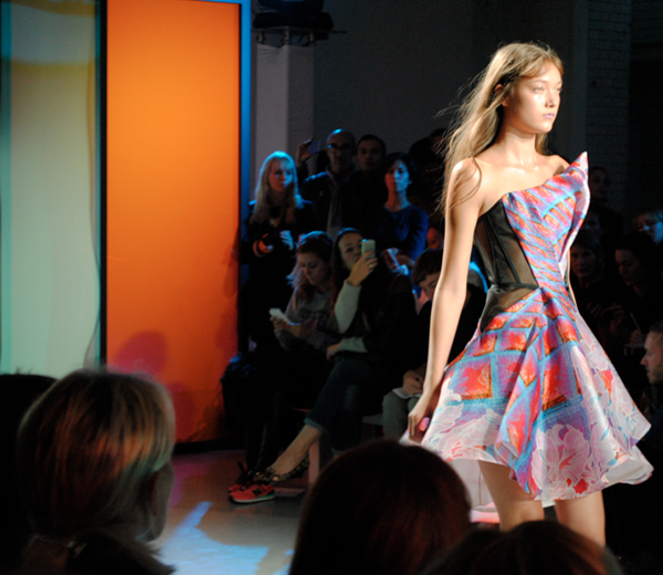 Crinoline fun bij Peter Pilotto