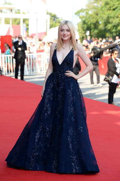dakota fanning in Ellie Saab