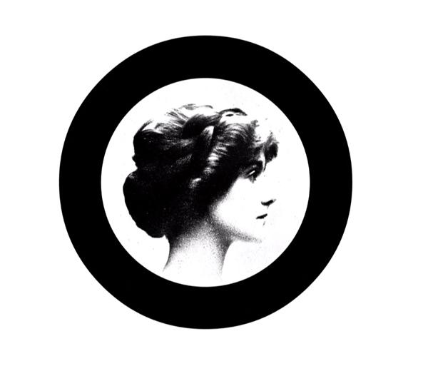 VIDEO CHANEL: de geboorte van het parfum Chanel No.5