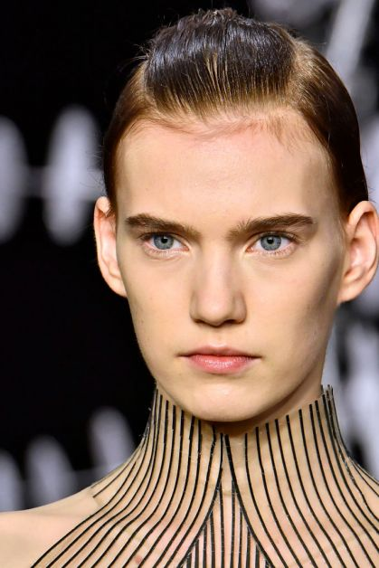iris van herpen beauty looks make-up
