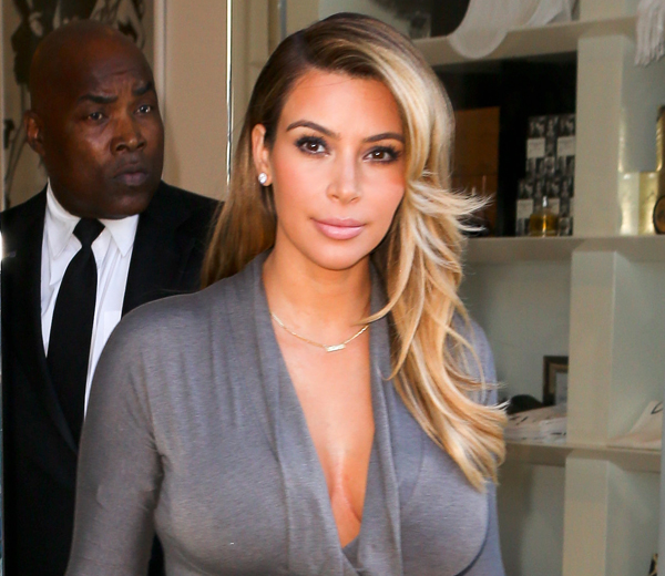 kim kardashian causes massive chaos at her shop  pt 2