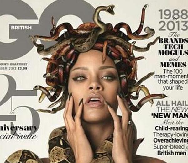 Halloween look van de dag: Rihanna's topless Medusa