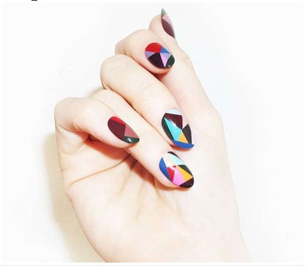 PINSPIRATION: 15x geometrische nail art