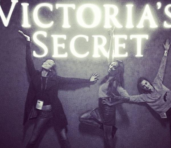 Victoria's Secrets repetitie door de ogen van Cara Delevingne