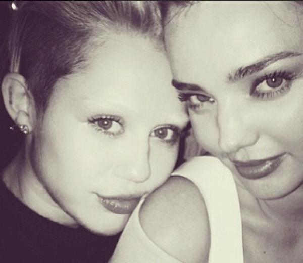 Miley Cyrus zonder wenkbrauwen