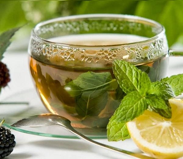 FOOD : Lustopwekkende warme mojito thee