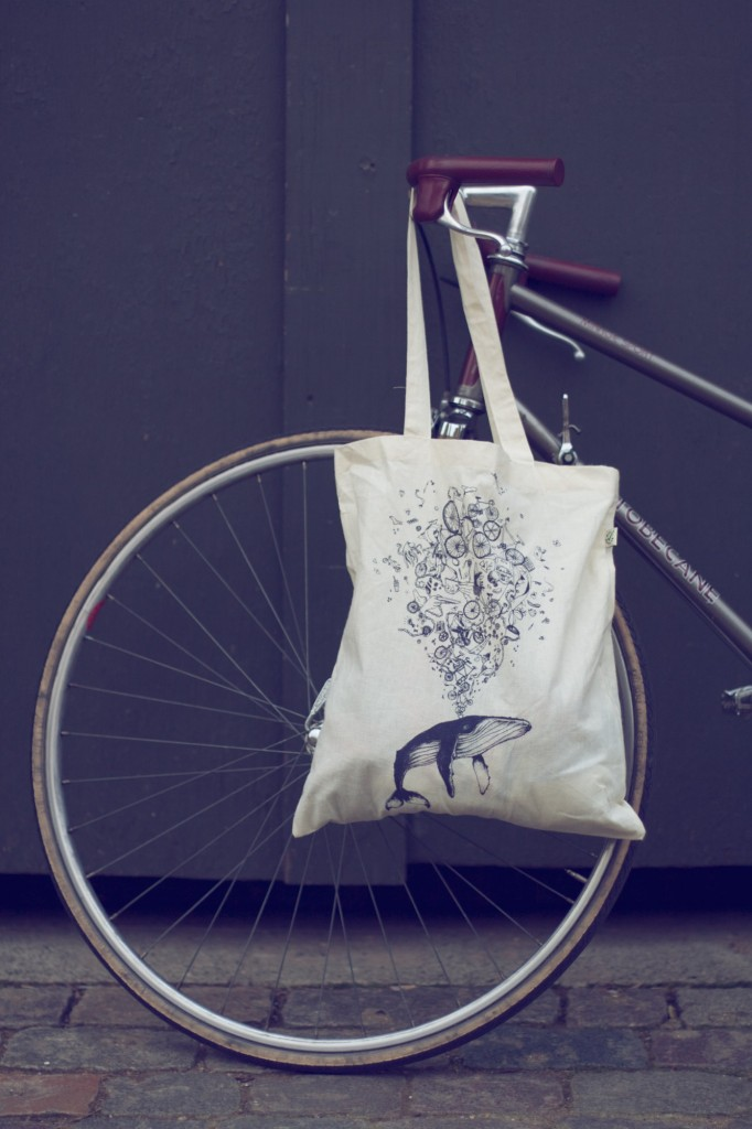 oscarthewhale_tote_bike-682x1024