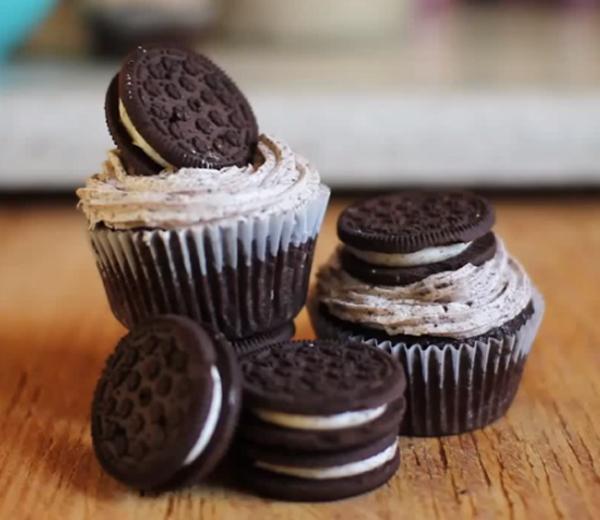 FOOD : Oreo-cupcakes