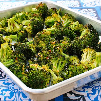 Geroosterde broccoli met knoflook en citroen : recept