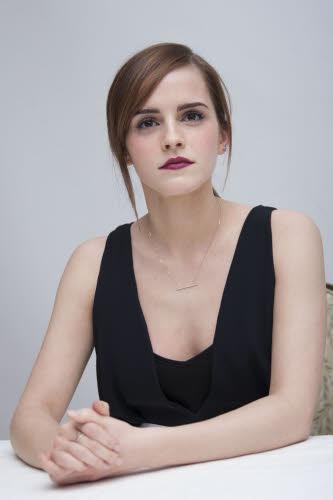 Emma Watson op een persvoorstelling van haar nieuwe film 'Noah' in Peter Pilotto