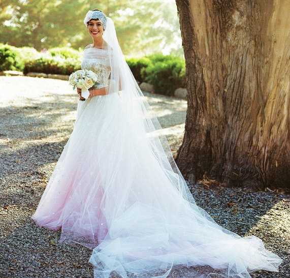 Anne Hathaway Gown: Inspiratie: Celebs Met Roze Bruidsjurken- Pagina 6 Van 17
