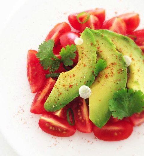 Detox recept: tomaat avocado sla