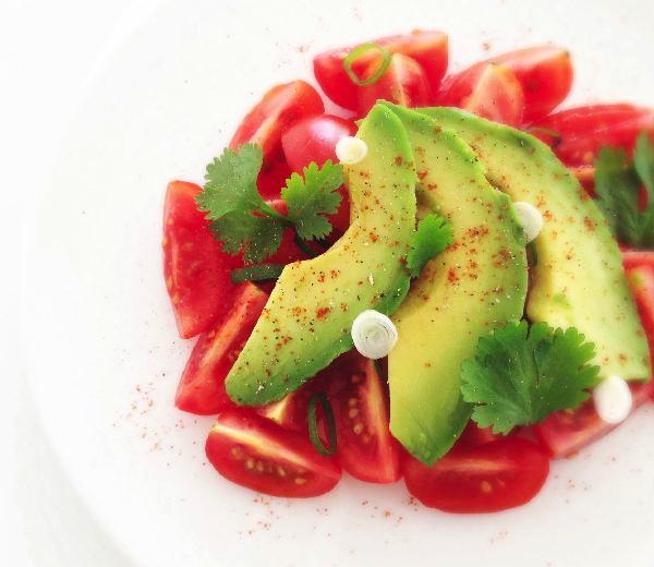 Tomaat Avocado Salade
