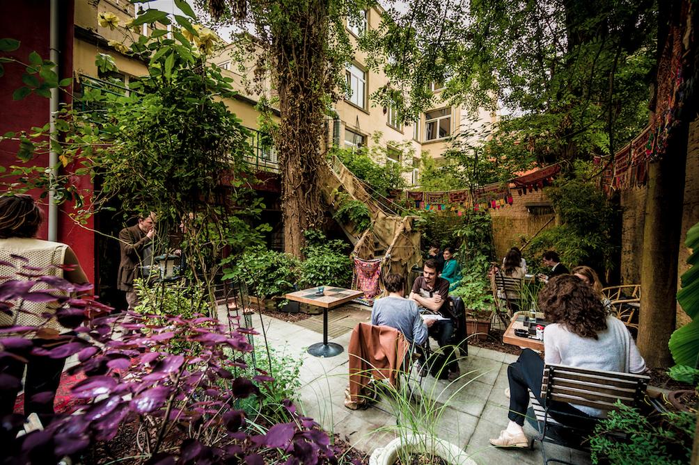 Imagin le jardin secret bar in brussel for Le jardin bar
