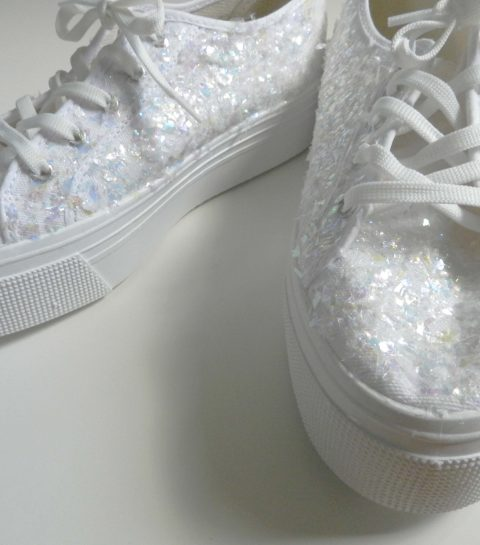 DIY: customized Glittersneakers