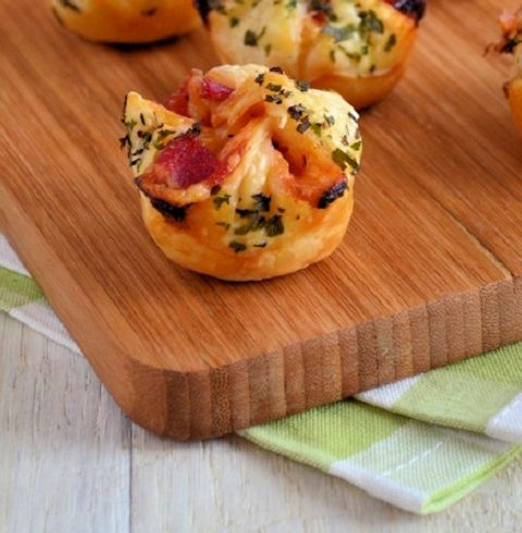 FOOD. Pizza bonbons