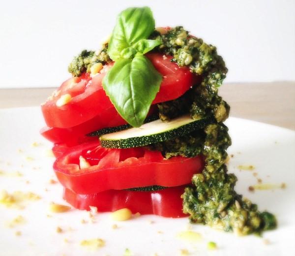Zomers Tomaat-Pesto-Hapje