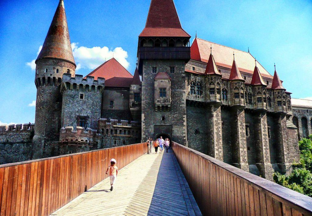 Hunyad-Castle-in-Romania-s