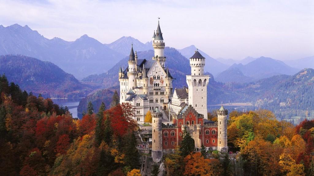 Neuschwanstein-Castle-Germany-s