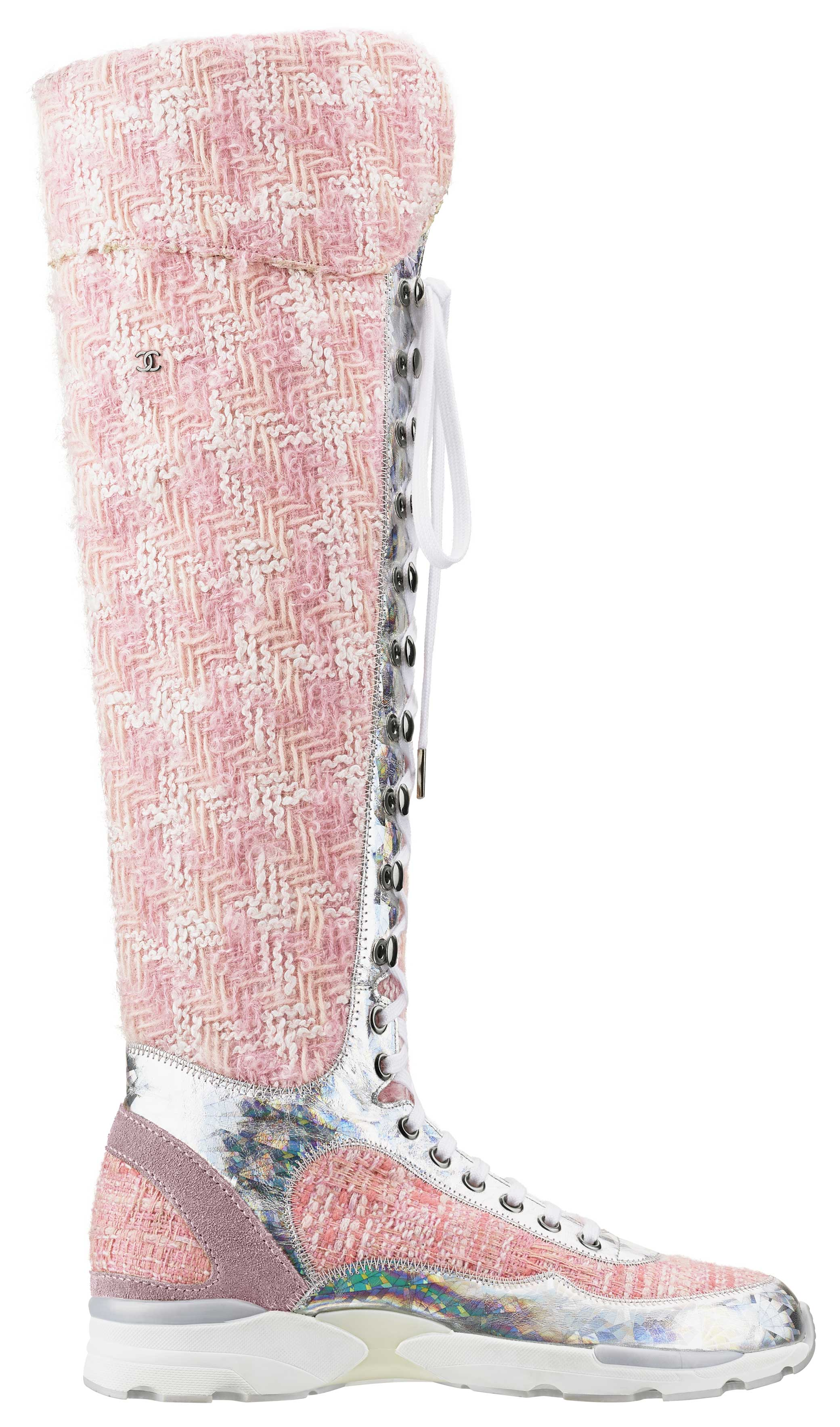 Pink-and-white-tweed-and-rubber-sneaker_Basket-en-tweed-rose-et-blanc-et-caoutchouc