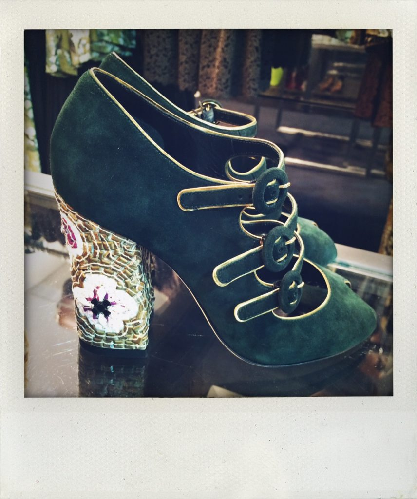 Dolce & Gabbana - € 477