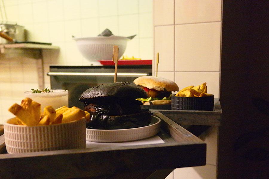 Black burger door Burgers & Booze