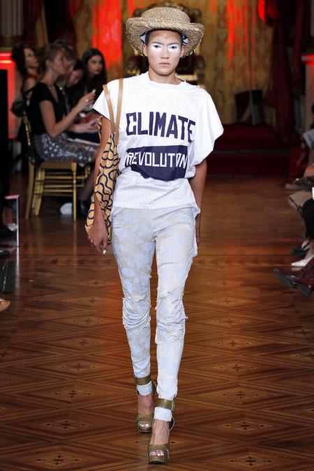 Vivienne_Westwood_Spring_Summer_2013_Climate_Revolution_Protest_Top