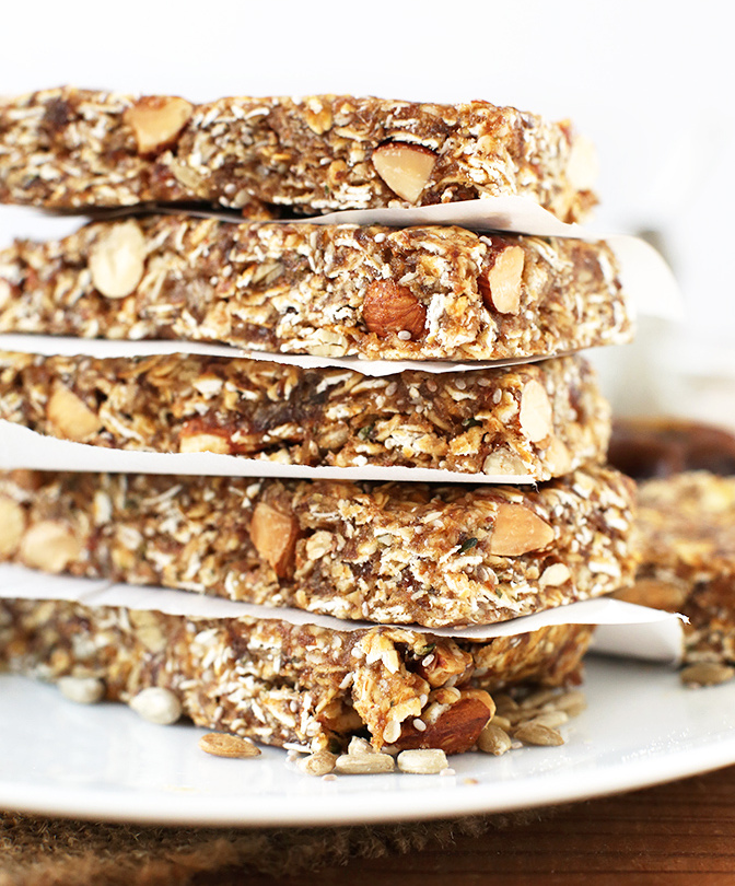 AMAZING-super-seedy-granola-bars-Naturally-sweetened-vegan-and-glutenfree-and-SO-delicious.-Perfect-for-snacking-or-road-trips