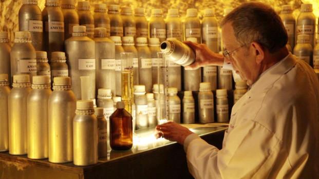 parfumerie-atelier-guy-delforge-namen(p_activity,13129)(c_0)