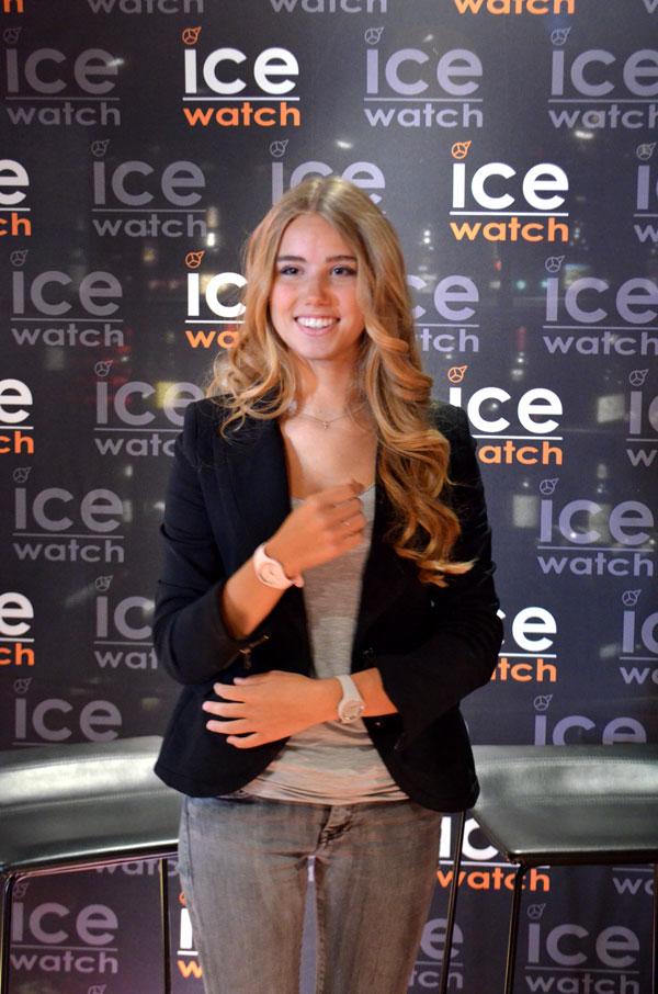 De trotse Belgische met de nieuwste Ice-Watch rond haar pols © Karima El bajaj