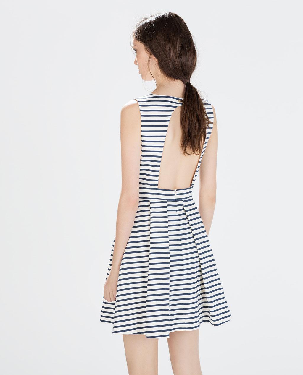 ZARA - Gestreepte jurk met rugdecolleté - €50