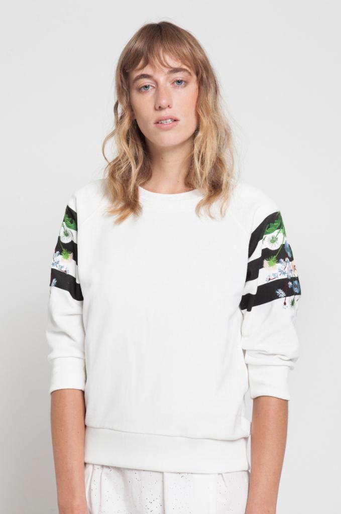 sweatshirt €135