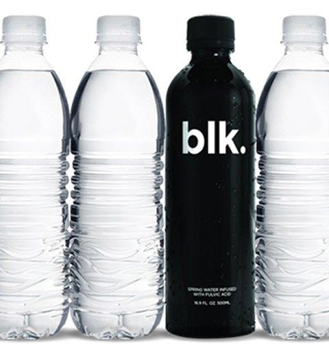 blk.: het eerste natuurlijke zwarte mineraalwater
