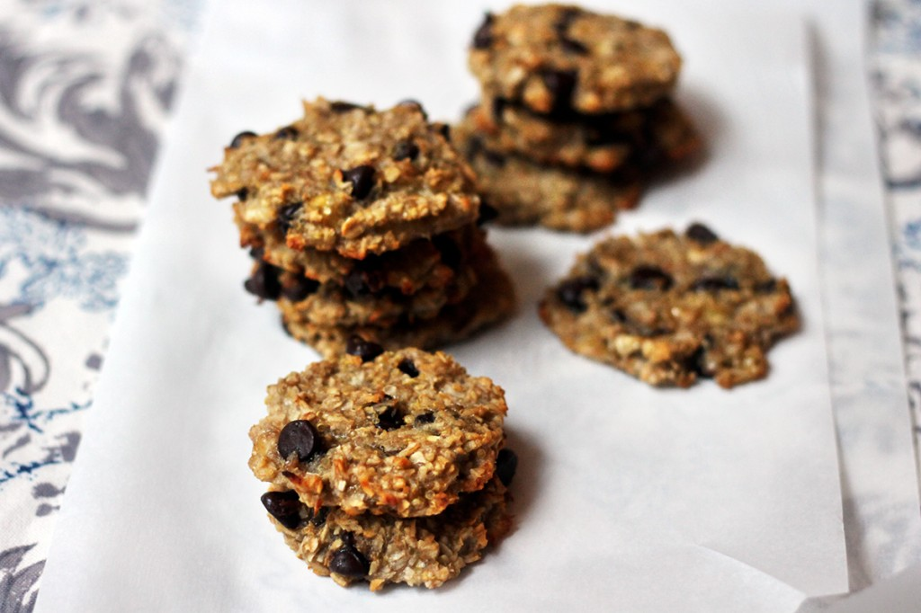 vegan_gluten_free_quinoa_chocolate_chip_cookies1-2