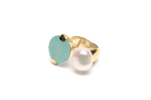WOUTERS_HENDRIX_RGO25A_Gold_plated_Amazonite_Freshwater_Pearl_ring_310eur
