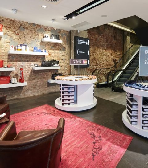 Grootste schoenenwinkel van Brussel opent de deuren