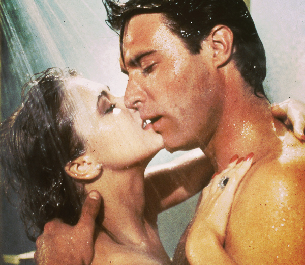 sexe-sous-la-douche