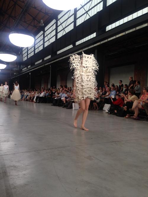 2. Opening show experimentele rokken en jurken Bachelor 1
