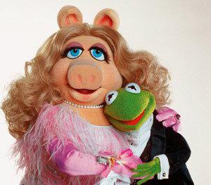 Miss Piggy en Kermit de Kikker uit elkaar