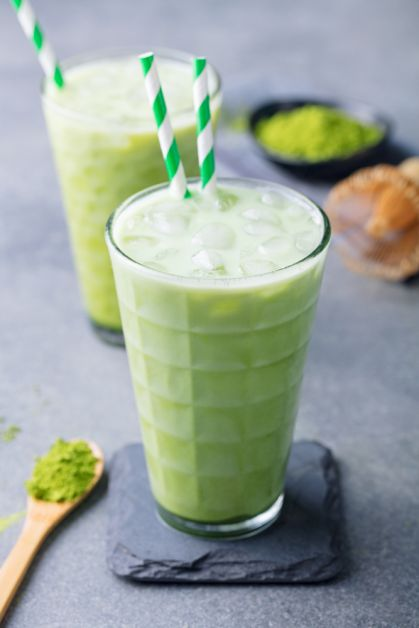 smoothie, cellulitis, ananas, rode vruchten, abrikoos, green, kiwi, groene thee