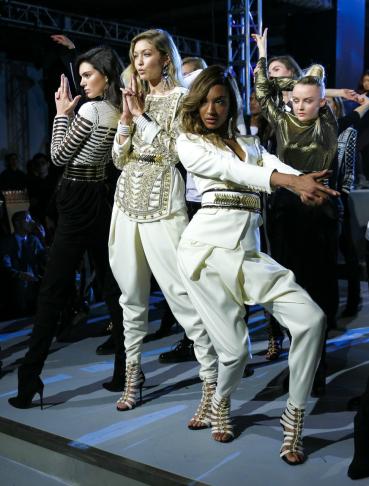 BFA_HMxBalmainKendall Jenner, Gigi Hadid, Jourdan Dunn_low