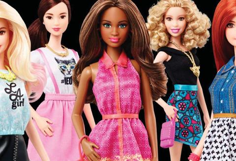 WATCH: Barbie verrast met nieuwe spot