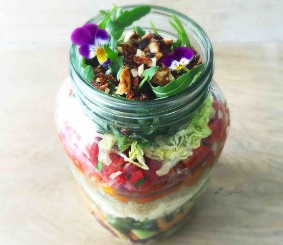 Healthy Jar Salad