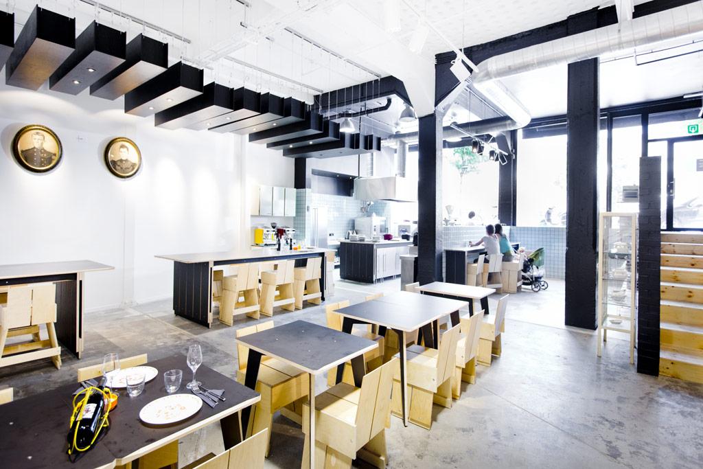 Restaurant Garage-à-manger, 185, rue Washington, 1050 Bruxelles (Ixelles). Architecte Frédéric Quertainmont et Vanessa Schneider, architecte d'intérieur, bureau protOtype.[BXL], Joël Geismar, chef (El Camion)./. Photo : Geoffroy LIBERT / protOtype.[BXL] - TOUS DROITS RESERVES - ALL RIGHTS RESERVED Tel : +32/477.47.61.25 - jos_2001@yahoo.com