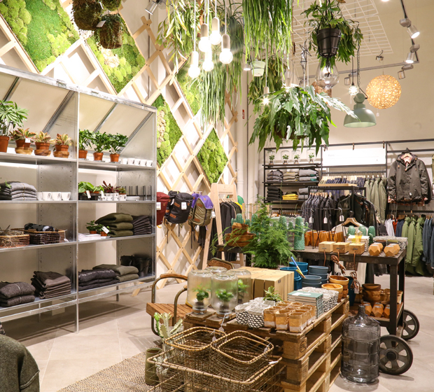 JUTTU Antwerp- store images - 01